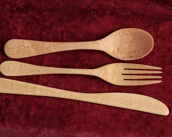Set of maple wood utensils