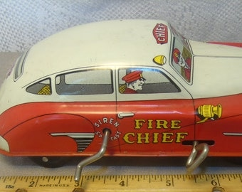 Vintage Tin Litho Courtland 'FIRE CHIEF' Toy Car