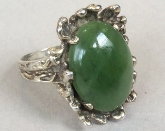 Spinach Green Jade Sterling Silver Ring Size 5