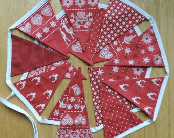 Scandinavian Nordic Christmas Bunting, Christmas decoration.  Red White Christmas Bunting. Handmade