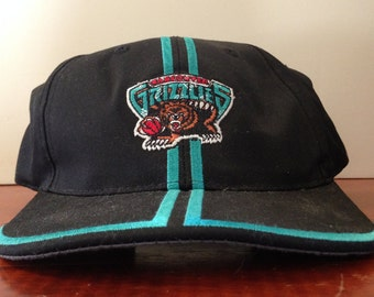 Vintage 90's Sports Specialties Vancouver Grizzlies Basketball NBA Small Snapback Hat Baseball Cap