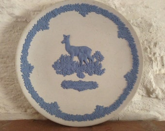 Wedgewood Mother 1979 Plate/ Deer Themed Plate.