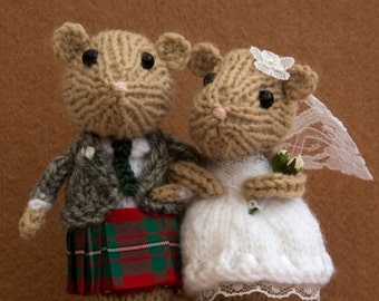 knitted mice wedding cake toppers scottish cake topper etsy 16653