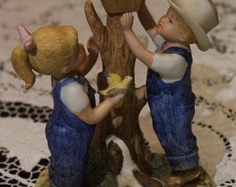 Adorable Country Boy and Girl at Birdhouse Figurines~ 1985~ Home Interior~ HOMCO