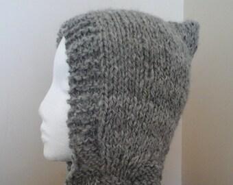 Hooded scarf in handspun gray alpaca