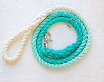Natural cotton rope leash in Turquoise Ombre
