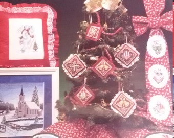 A Candy Cane Christmas Counted Cross Stitch Charts Patterns  1993,  Cross My Heart, 24 pages,Polar Bear, Santa, Reindeer, Snow church