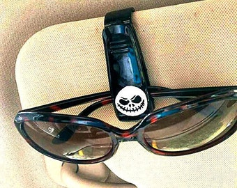 Skull sunglass visor clip-car accessories