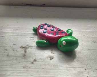 Polka Dot Sea Turtle Magnet//Pink and Green