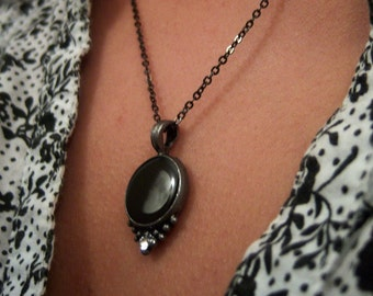 Jewel-Moon pewter with birthstone