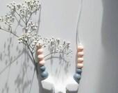 Lily Rose - Collier de Dentition pour Maman et Bébé, Bijoux Casual Chic et Originaux pouvant être Mâchouillé! Alternative au collier d'ambre
