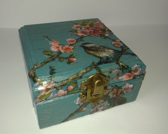 Wooden triket decorated box