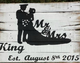 Personalized Bride and Groom Wedding Pallet Sign
