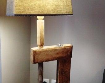 Oak Design clamp lamp