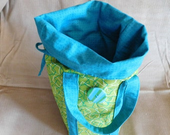 Lime and teal insulated lunch bag