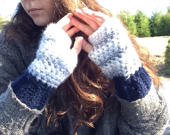 Navy and Grey Fingerless Gloves