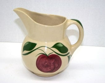 Apple by Watt Pottery Pitcher//16 Ounce Pitcher//Vintage Watt Pottery