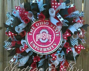 Custom/Personalized Wreath (Pick your Team, Monogram, Event.)