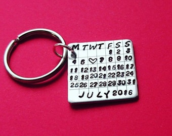 Calendar keyring, calendar keychain, anniversary gift, save the date, wedding gift, custom keychain, wedding anniversary, couples gift