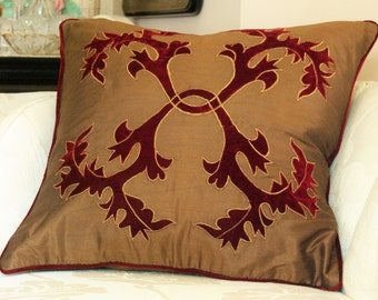 Decorative Pillow Cover in Gold & Burgundy with applique design, Pillow case, Accent pillow, Throw Pillow, Home Decor, Home living