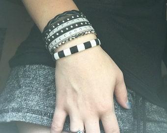 Black & Silver wrap bracelet | Double wrap bracelet | Lightweight bracelet | Simple wrap bracelet | Wrap bracelet | Black wrap bracelet