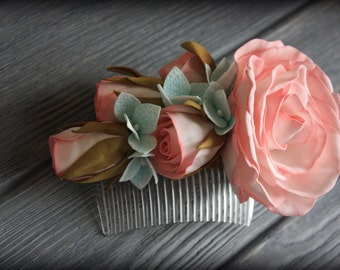 Flower wedding comb with pink roses and blue hydrensia