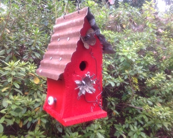 Better Outdoor Birdhouses for Home and Garden
