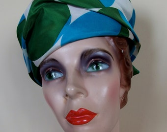 1960s Mod Turban style Hat Taffeta Green Blue Circles