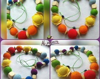 Nursing necklace Rainbow