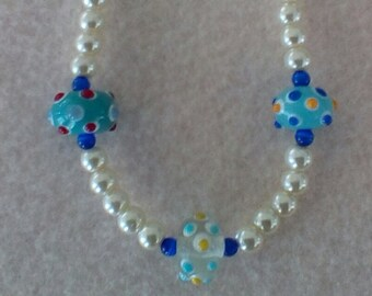 Ivory Pearls with Chunky Glass Beads Necklace