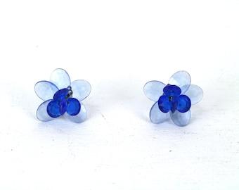 Vintage Indigo Blue Light Blue Transparent Plastic Floral Cluster Gold Tone Metal Clip on Earrings