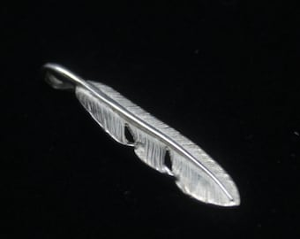 Small Convert Feather Pendant