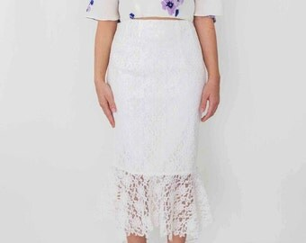 Trace of Lace Skirt