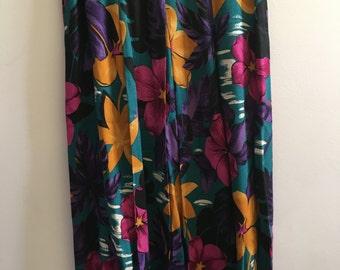 Ladies Worthington Vintage Flower Skirt