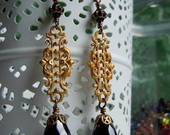 Earrings dangling Victoria
