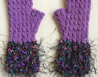 Fancy Cabled Fingerless Gloves-mauve