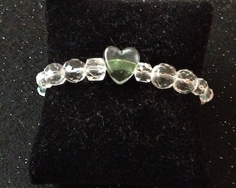 Crystal glass bead bracelet with heart