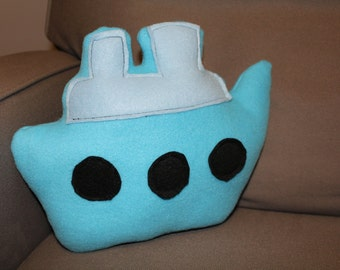 Stuffed Fleece Boat - Blue/Black