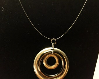 Triple loop pendant necklace