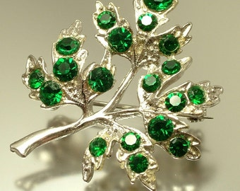 Vintage 1950s kitsch, silver tone, painted, green rhinestone paste glass, leaf costume brooch pin - jewelry jewellery