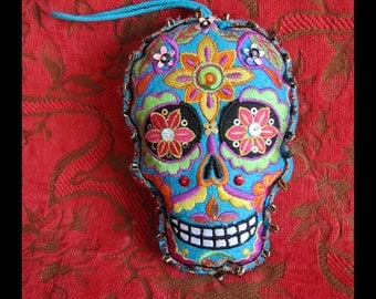 Dia de Los Muertos Ornament, Turquoise Felt Sugar Skull, Machine Embroidery, Handsewn Sequins Beads Lace| Add Pinback to Wear as Brooch