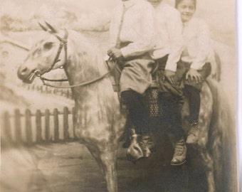 vintage photo 1918 Robb Brothers Ride on Faux Hobby Horse in studio
