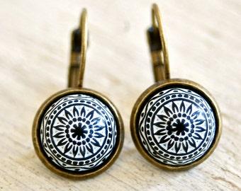 Black mosaic boho dangle earrings,minimalist,boho jewelry. tiedupmemories