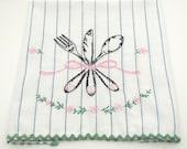 Vintage Tea Towel - Cutlery - Embroidered Linen - Hand Towel - Kitchen Towel - cotton - rick rack - Fork Knife Spoon