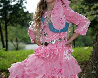 GYPSY Wear for Girls ... RODEO Costume ... 5 pc set ... Unique Gypsy Couture, Size 6,6x ... Pink, Blue Jean Denim ... Chic Pageant Costume