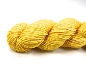 Sunbeam--hand dyed worsted weight, merino superwash (218yds/100gm)