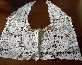 Beautiful ANTIQUE Fine Thread Lace Clothing Collar W6