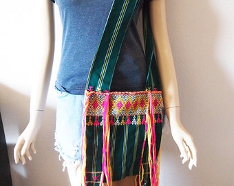 GUATEMALA // Vintage 90s Woven Bag Fringe Purse Tribal Print Ethnic Festival Cloth Carryall 1990s Crossbody Messenger Satchel Boho Hippie
