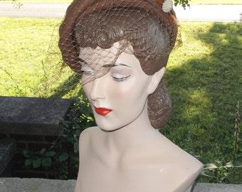 40s 50s Vintage Light Brown Felt Hat with Burnt Orange Feathers Merrimac