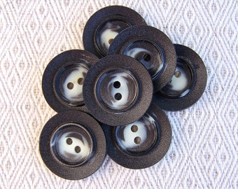 Black and White Buttons, 22mm 7/8 inch - Swirled Black & White Sewing Buttons - 7 VTG NOS Retro Mod Black with White Plastic Buttons PL468